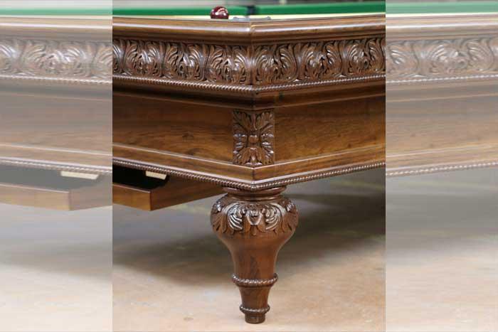 Chevillotte – Sculpted Billiard
